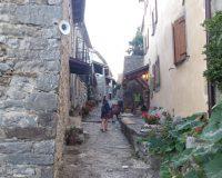 El encanto de Hum, la ciudad más pequeña del mundo